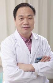 北京卓新华星医疗美容门诊部院长郭久璋
